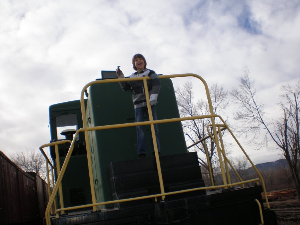 Boy_on_BVRHS_locomotive.jpg